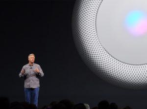 Phil Schiller lançando o HomePod