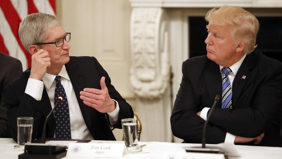 Tim Cook e Donald Trump