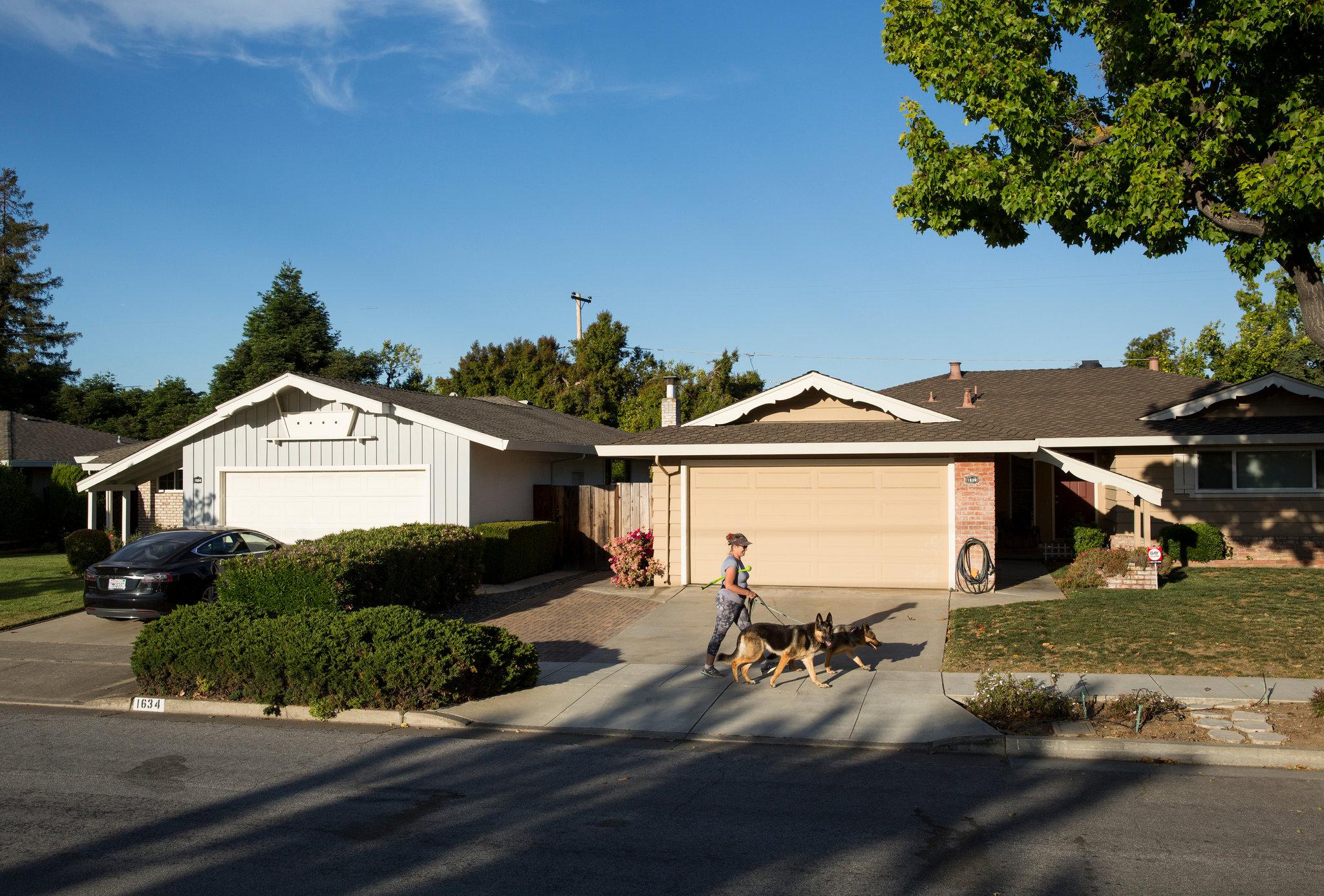 O bairro Birdland, em Sunnyvale, do outro lado da rua do Apple Park