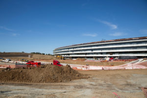 A grandiosa obra do Apple Park