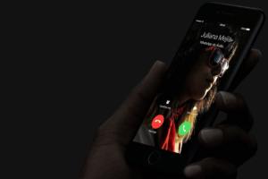 Chamada de áudio pelo WhatsApp no iPhone 7