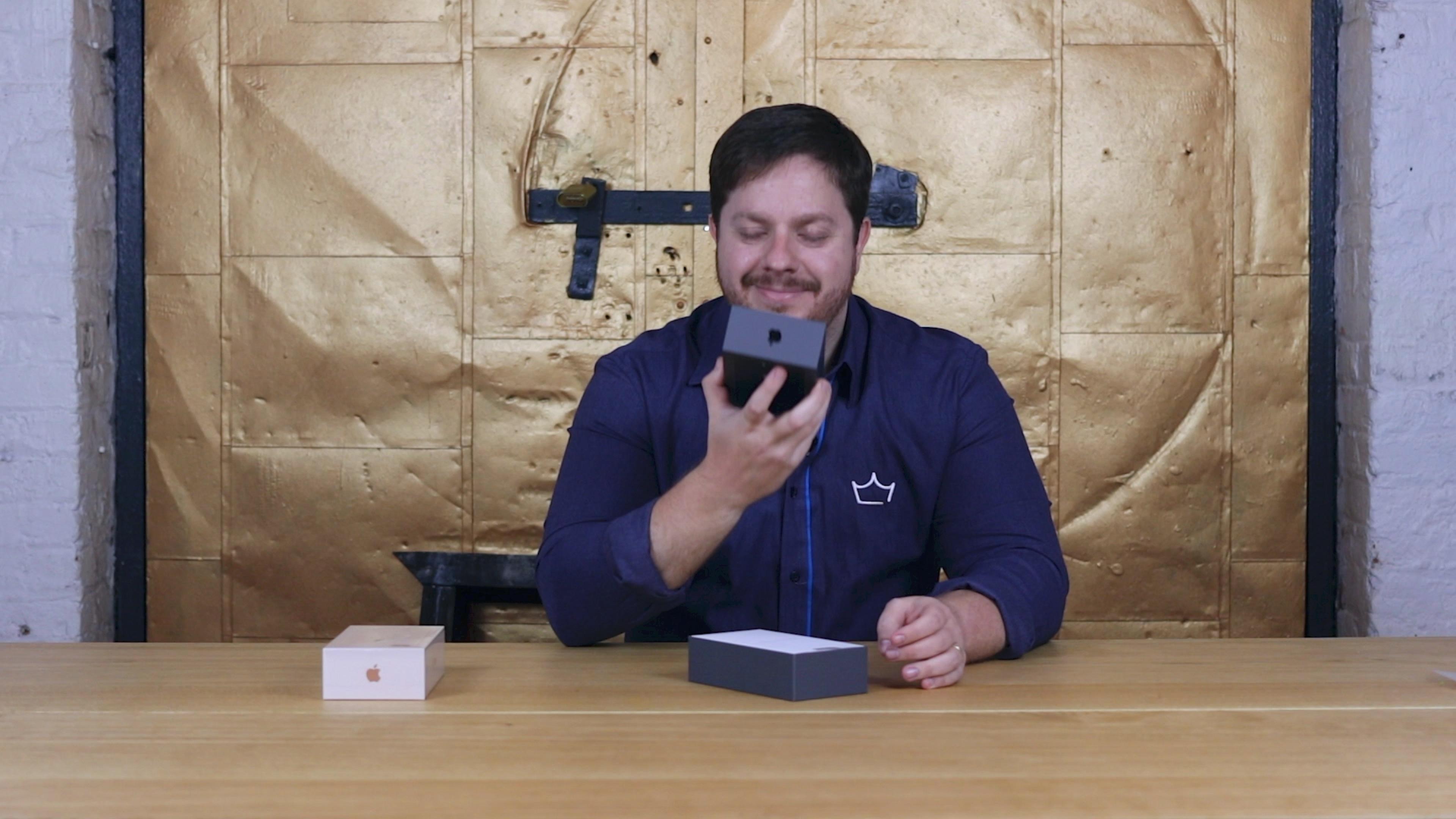 Vídeo de unboxing do iPhone 8 Plus