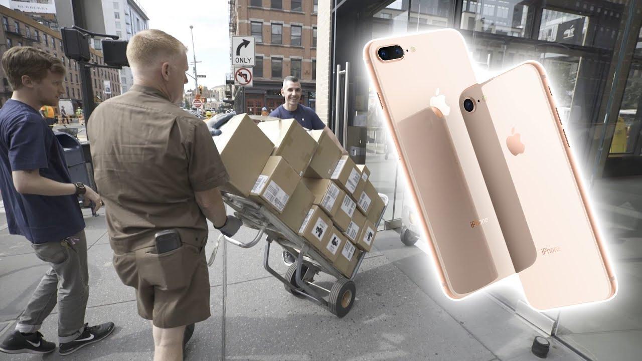 Vídeo explicando como a Apple se preparou para o lançamento do iPhone 8