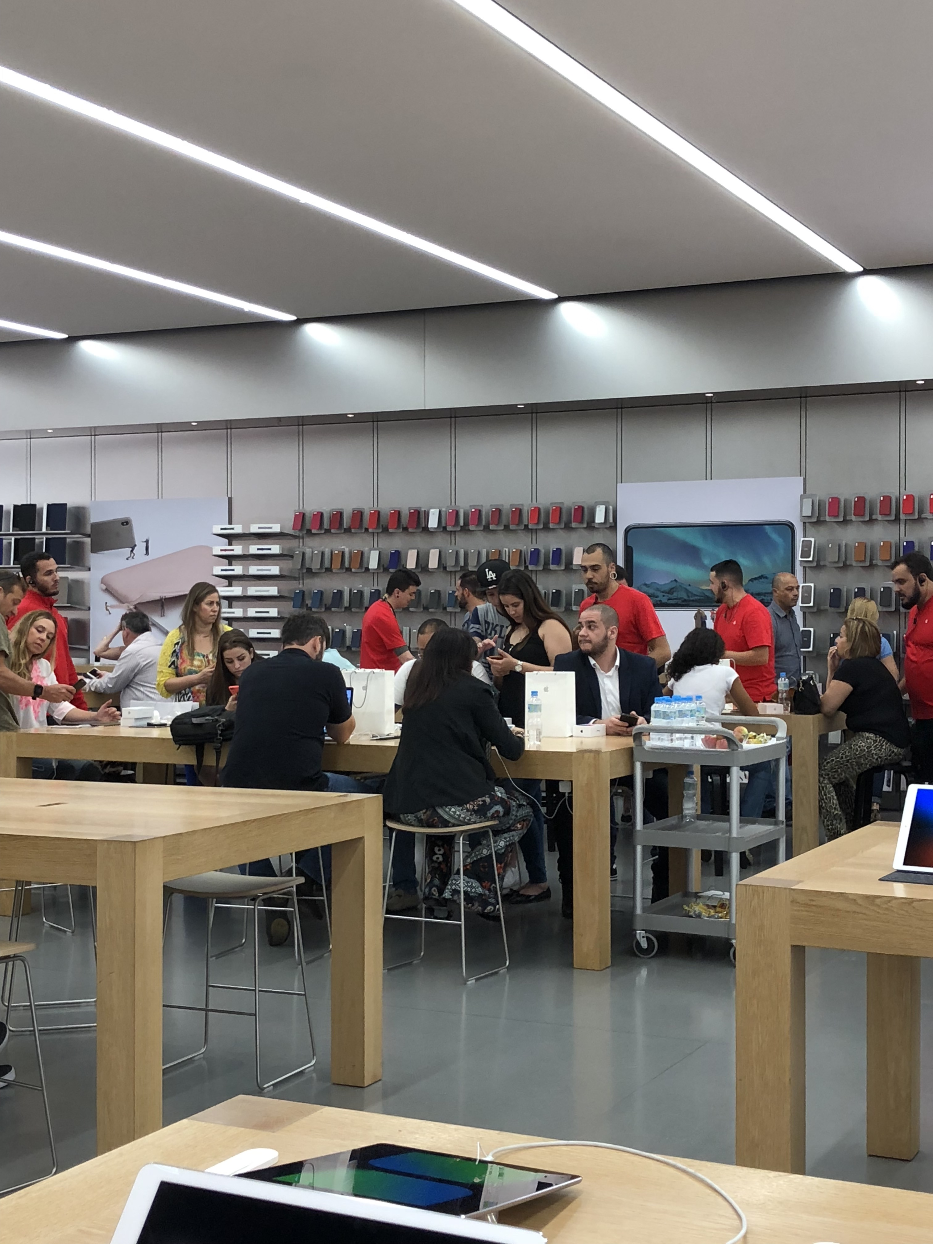Apple Morumbi no lançamento do iPhone X
