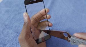 Vidro de Safira em protótipo de iPhone