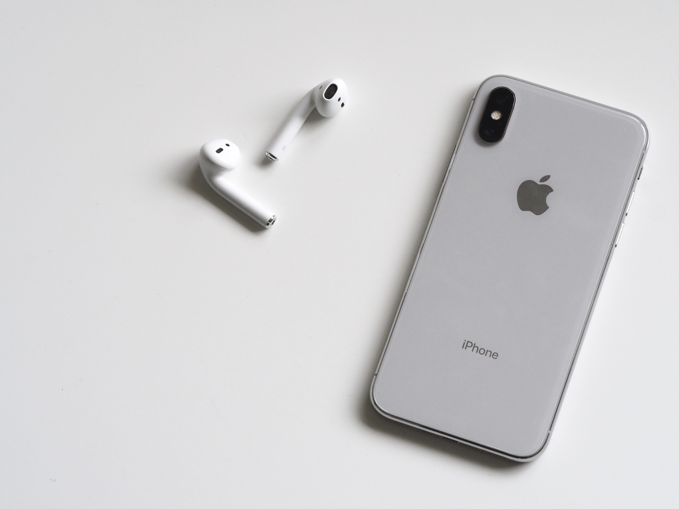 iPhone X e AirPods