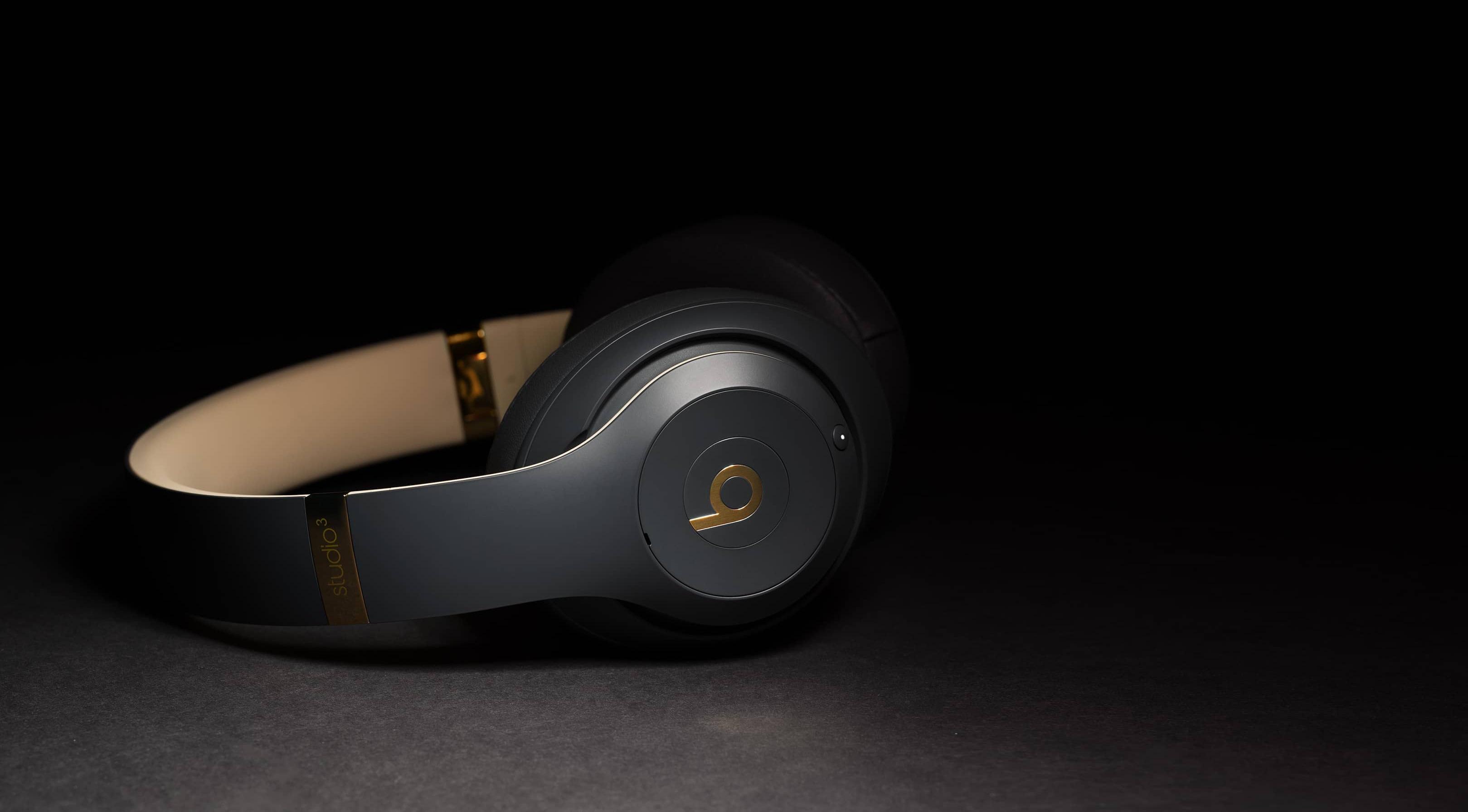 Foto promocional dos fones Beats Studio3 Wireless