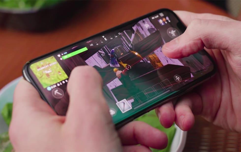 Fortnite iPhone X - Slash Gear