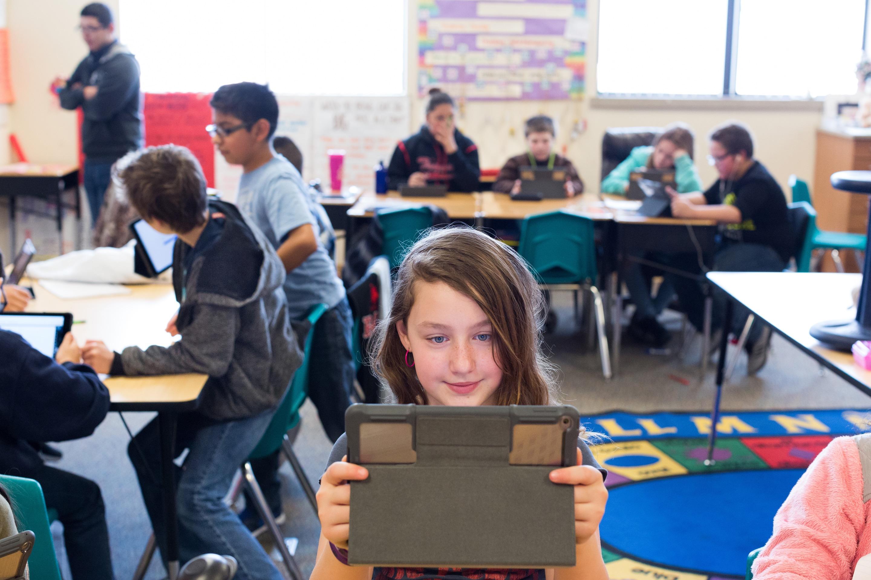 iPad sendo usado em sala de aula