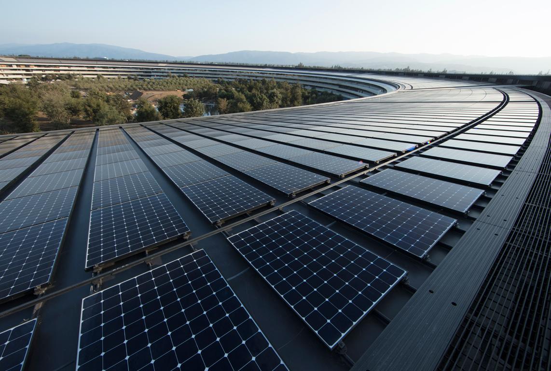 Cobertura do Apple Park totalmente coberta por painéis solares