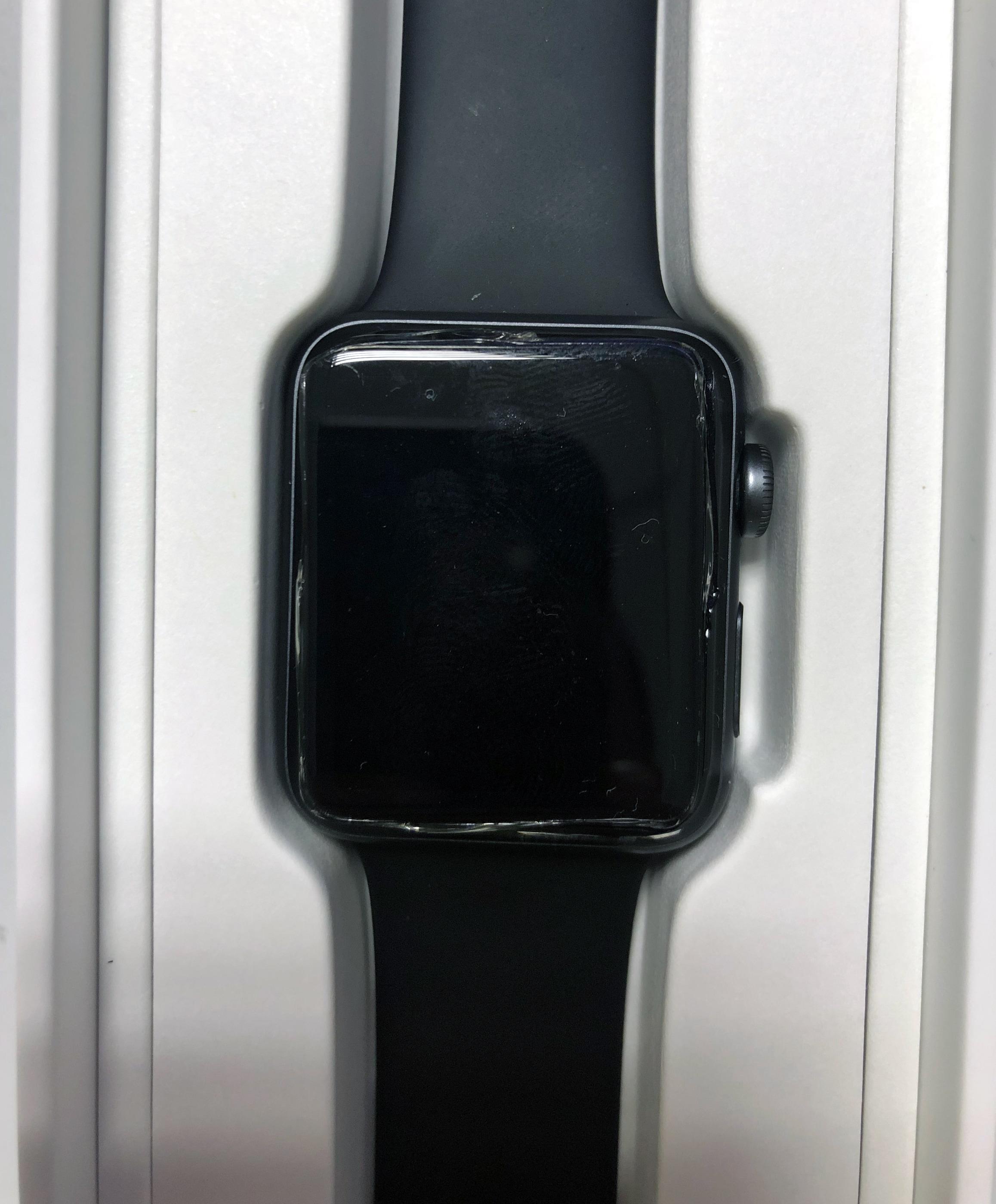 Apple Watch Series 3 estufado com a tela quebrada