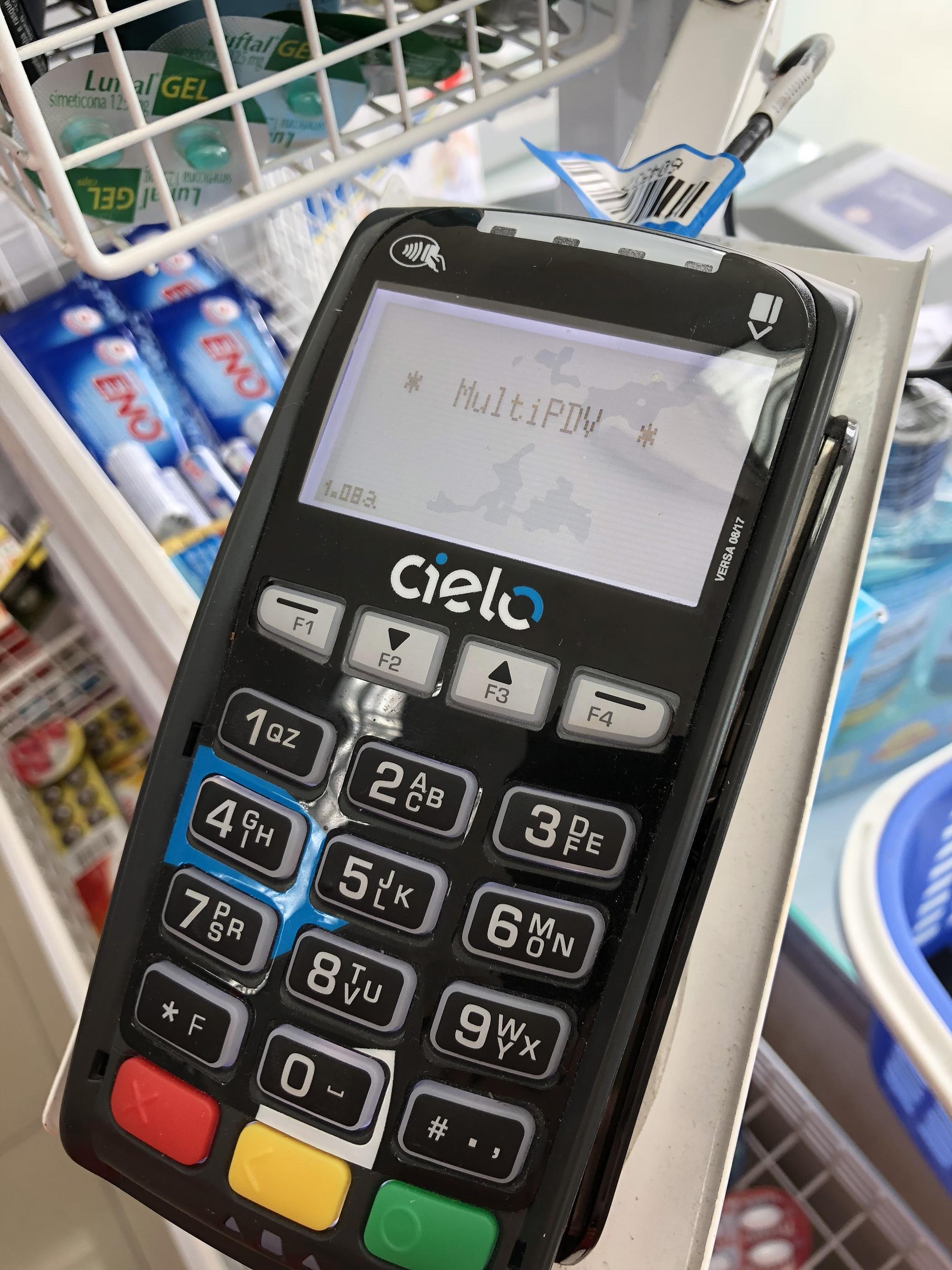 Máquina da Cielo com NFC