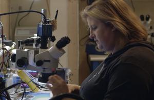 Jessa Jones, técnica em eletrônica e ativista do direito ao reparo