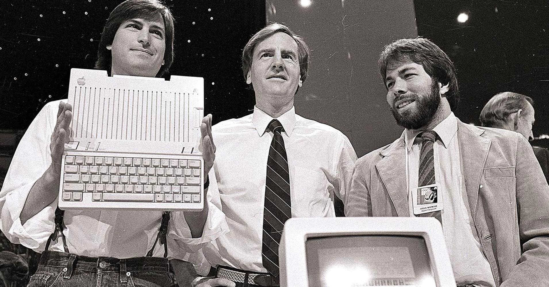Steve Jobs, John Sculley e Steve Wozniak