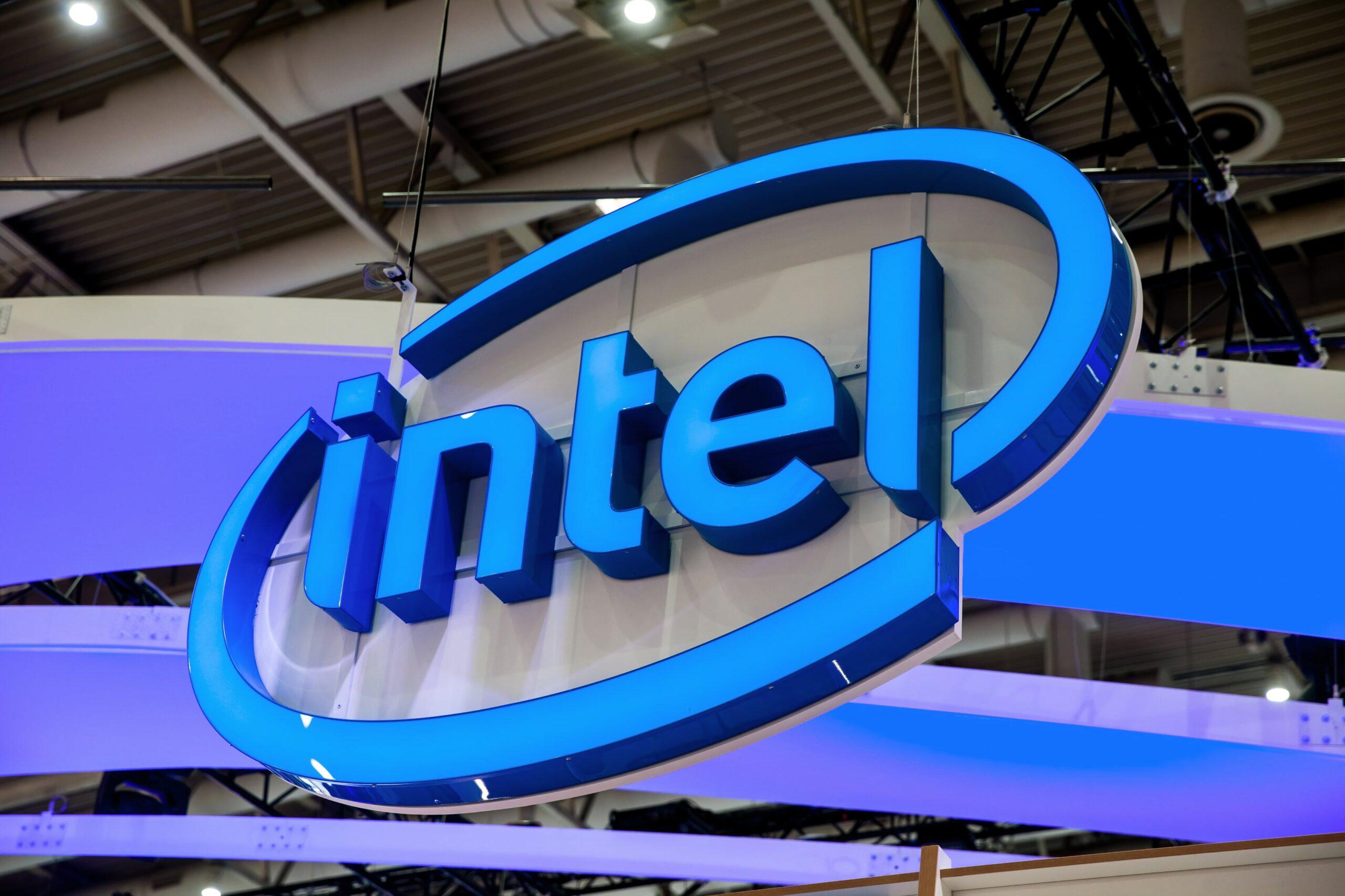 Logo da Intel em um evento