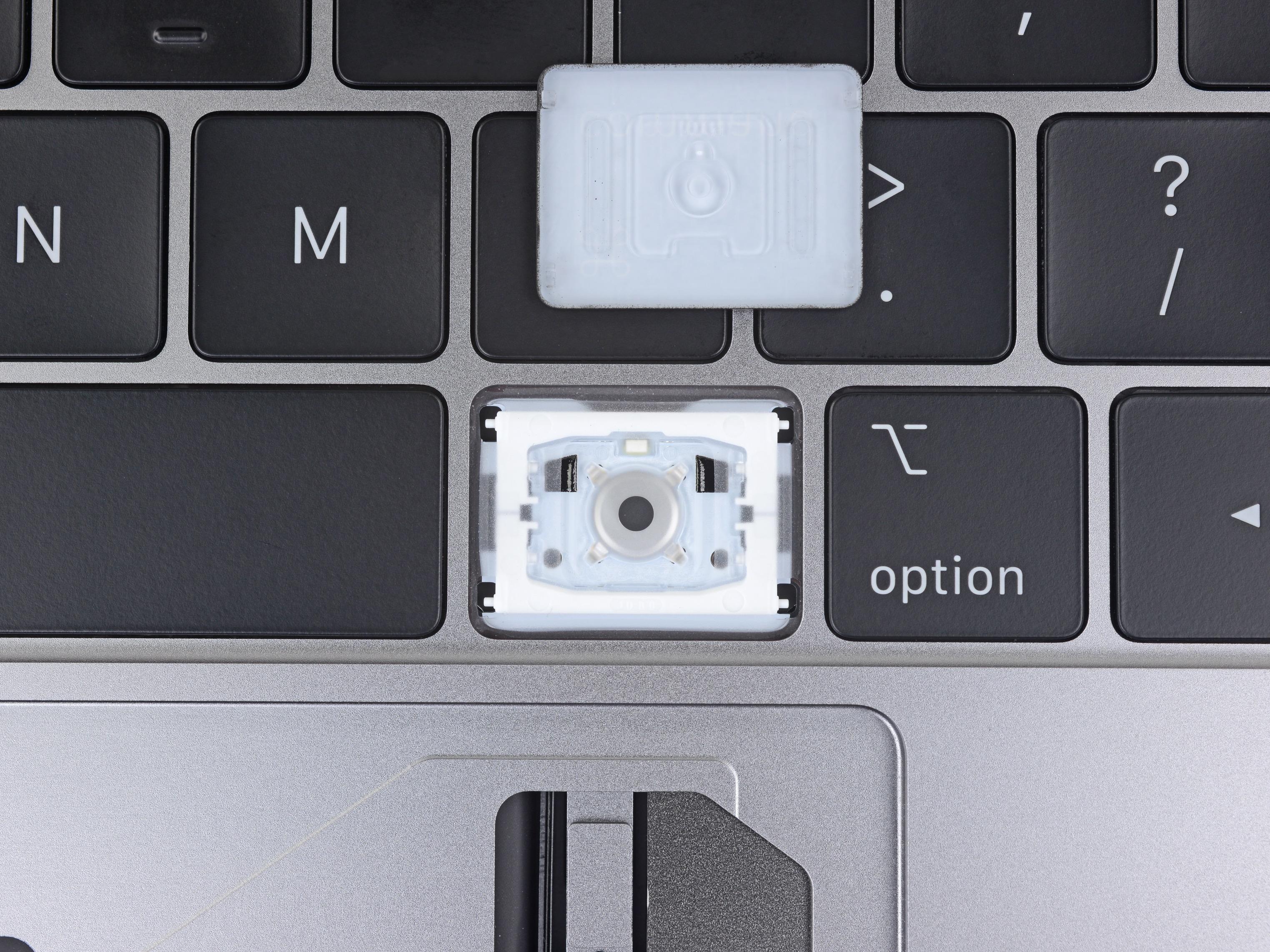 Terceira geração do teclado com mecanismo borboleta, da Apple