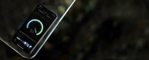 SpeedTest rodando num iPhone em modo escuro