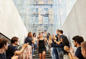 Inauguração da nova Apple Piazza Liberty, em Milão