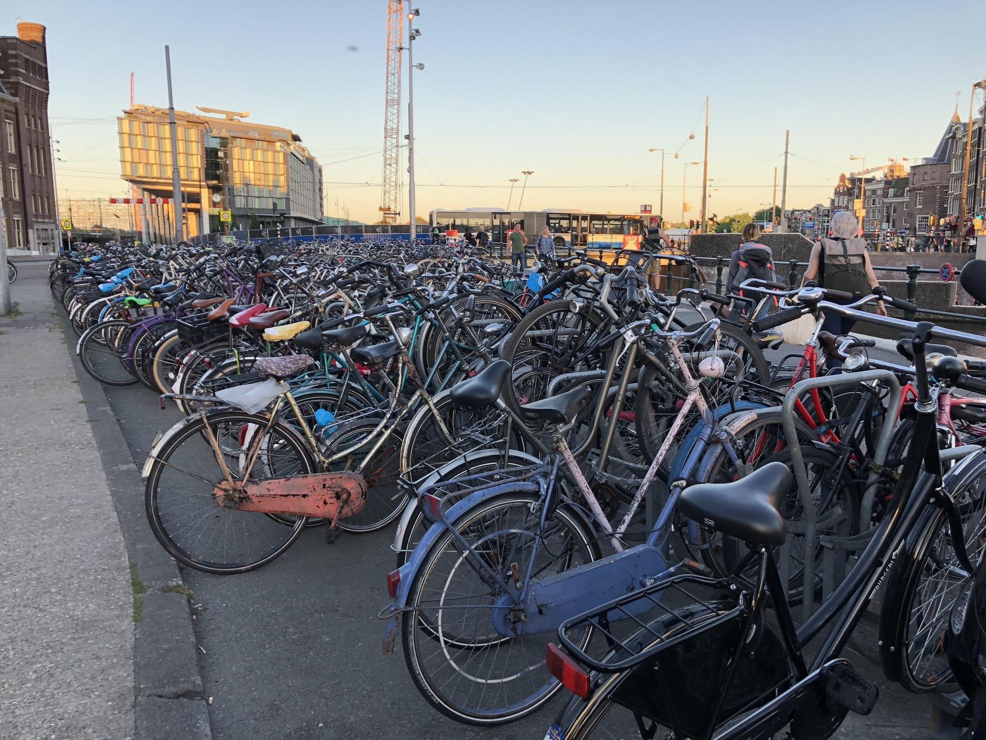 Bicicletas em Amsterdã