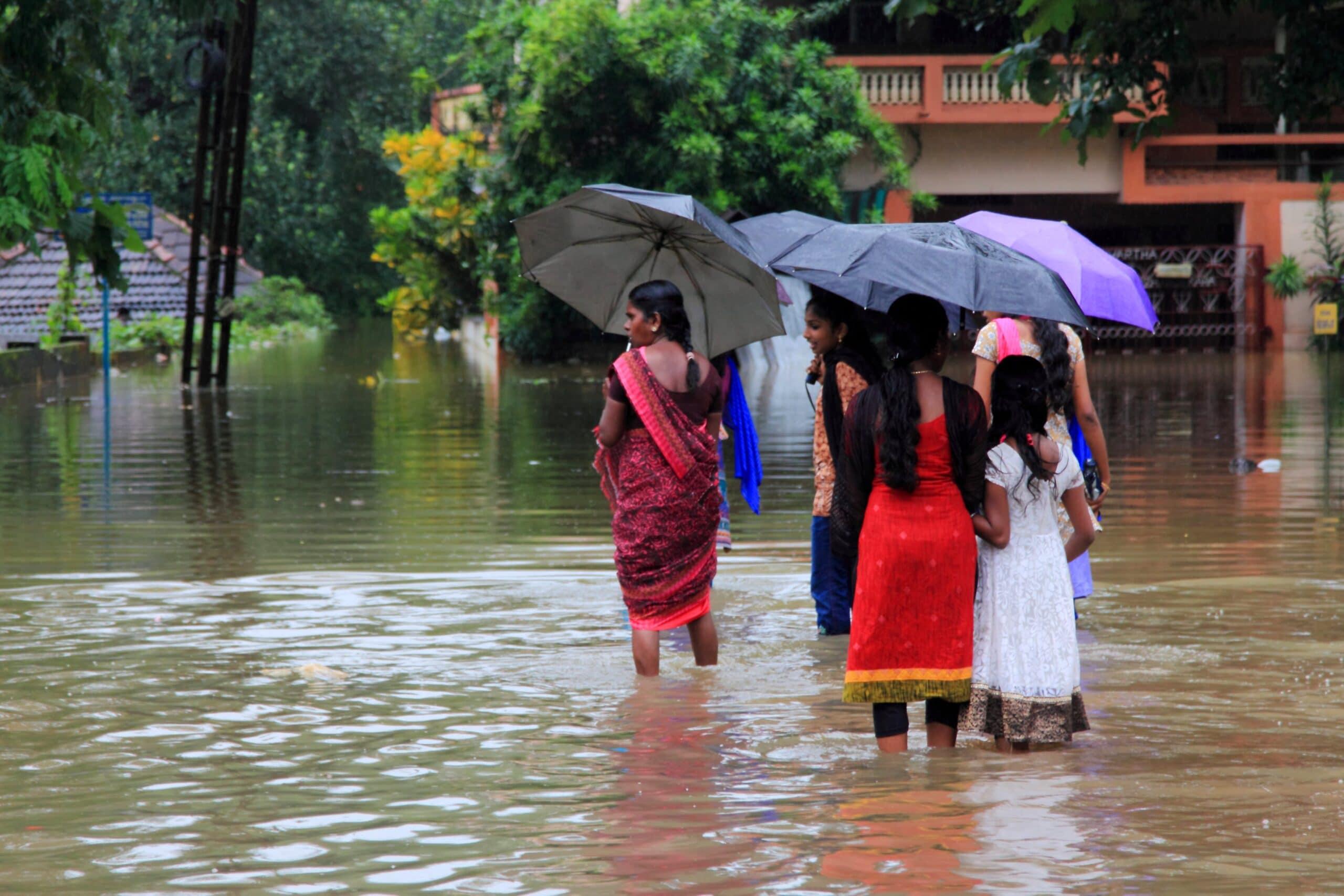 Vítimas de enchentes na Índia