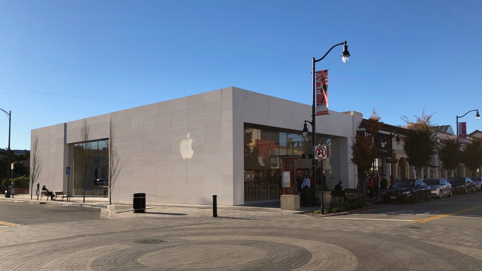 Apple Store na Burlingame Ave