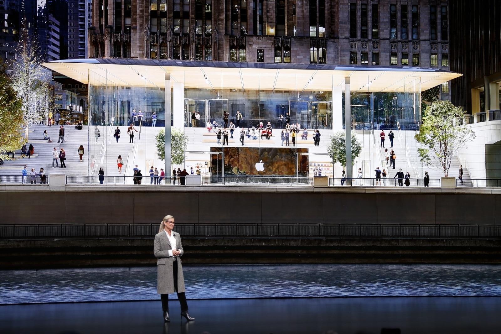 Angela Ahrendts no evento especial da Apple