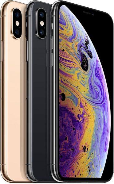 iPhone XS em pé
