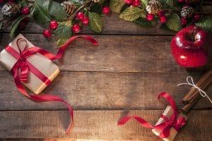 Imagem de Natal com presente e maçã