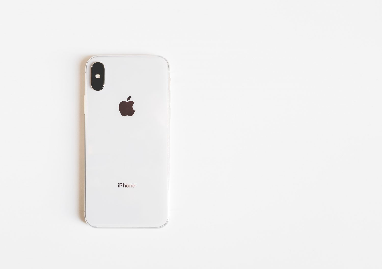 iPhone X prateado