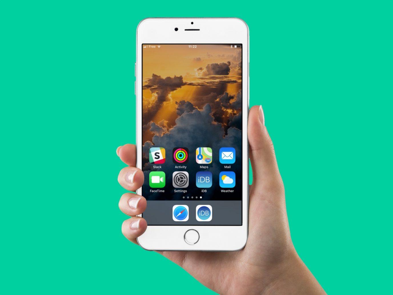 iPhone com ícones invisíveis