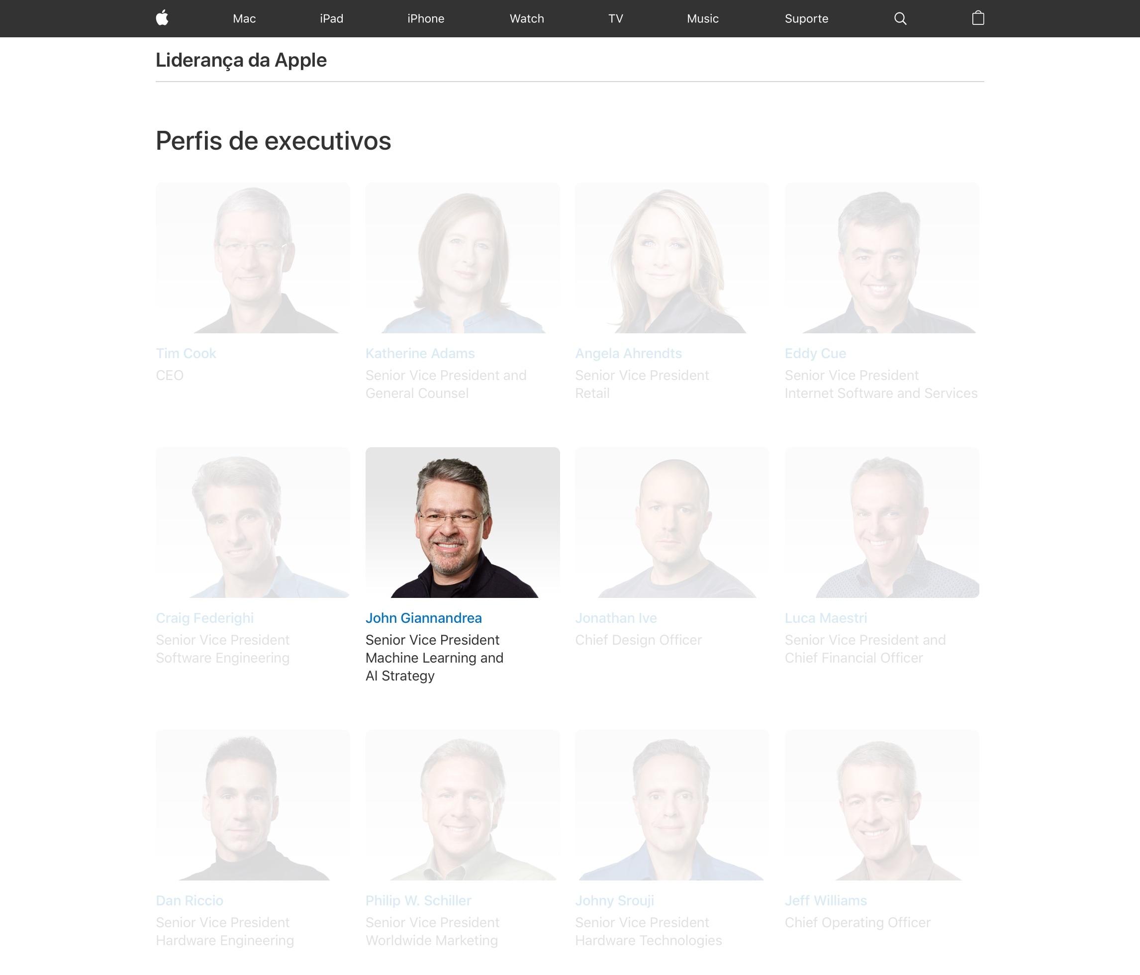 John Giannandrea ao lado de outros VP sêniores da Apple