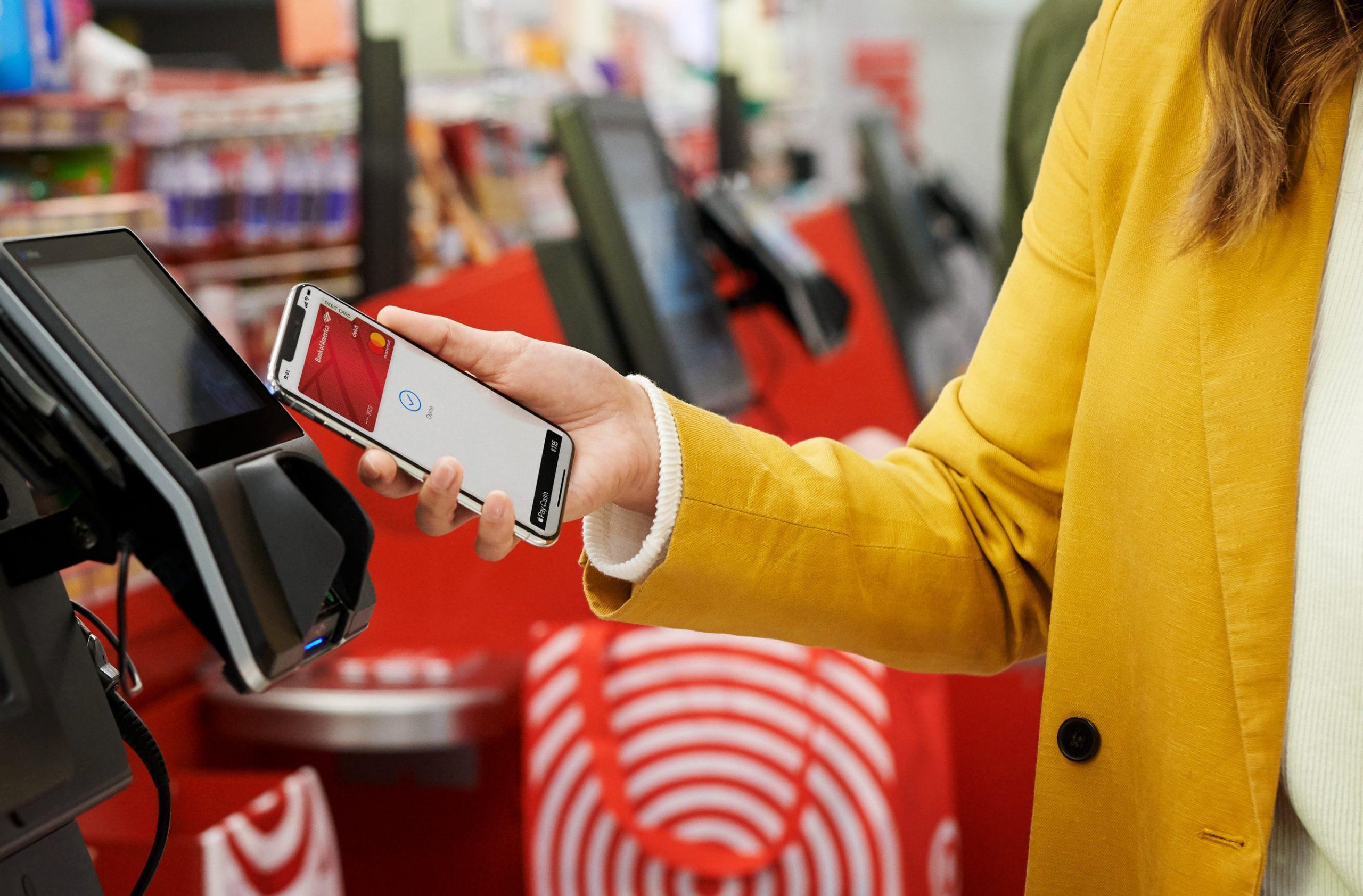 Apple Pay sendo usado em loja
