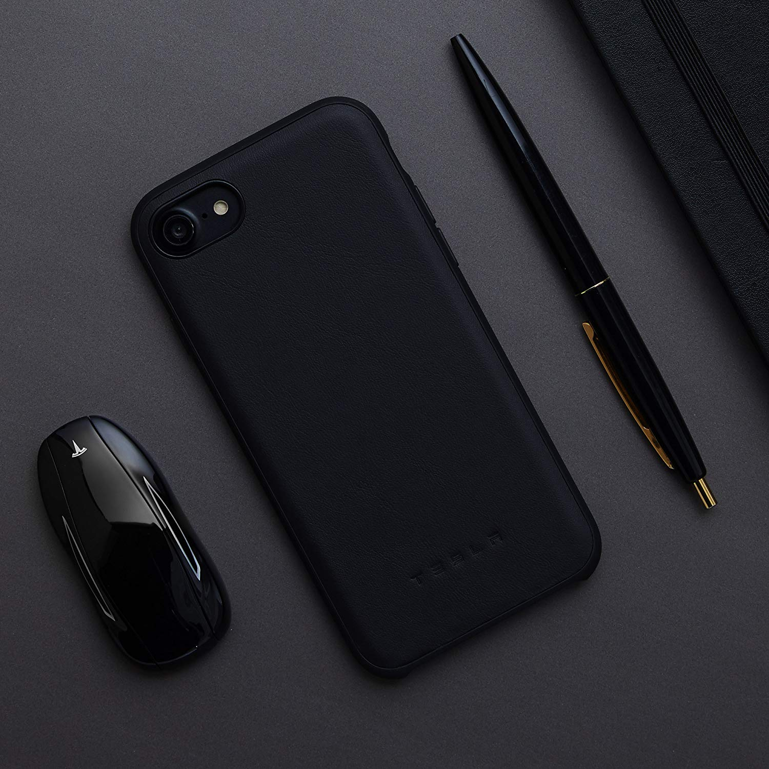 Case da Tesla para iPhone X