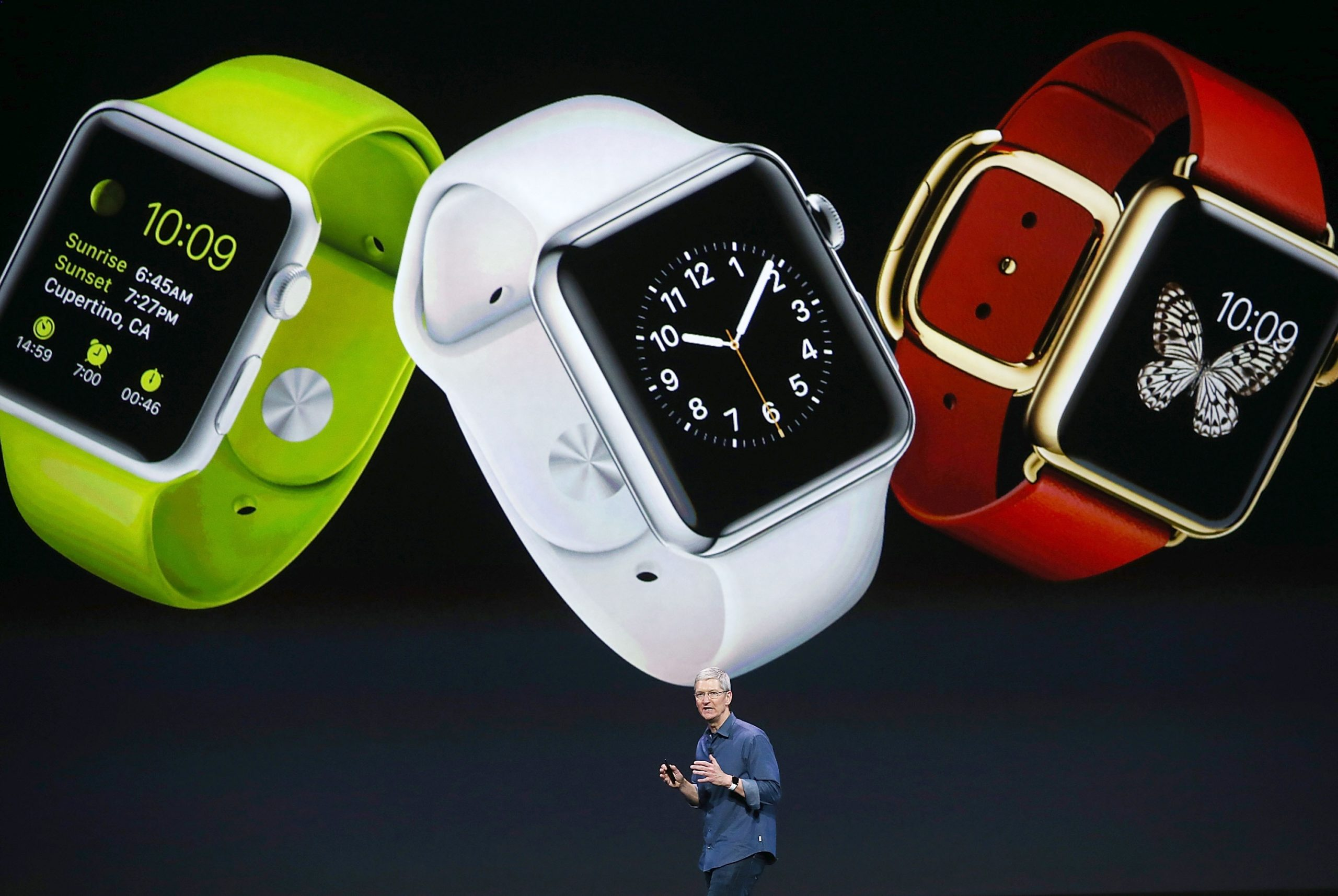 Tim Cook apresentando a primeira geração do Apple Watch