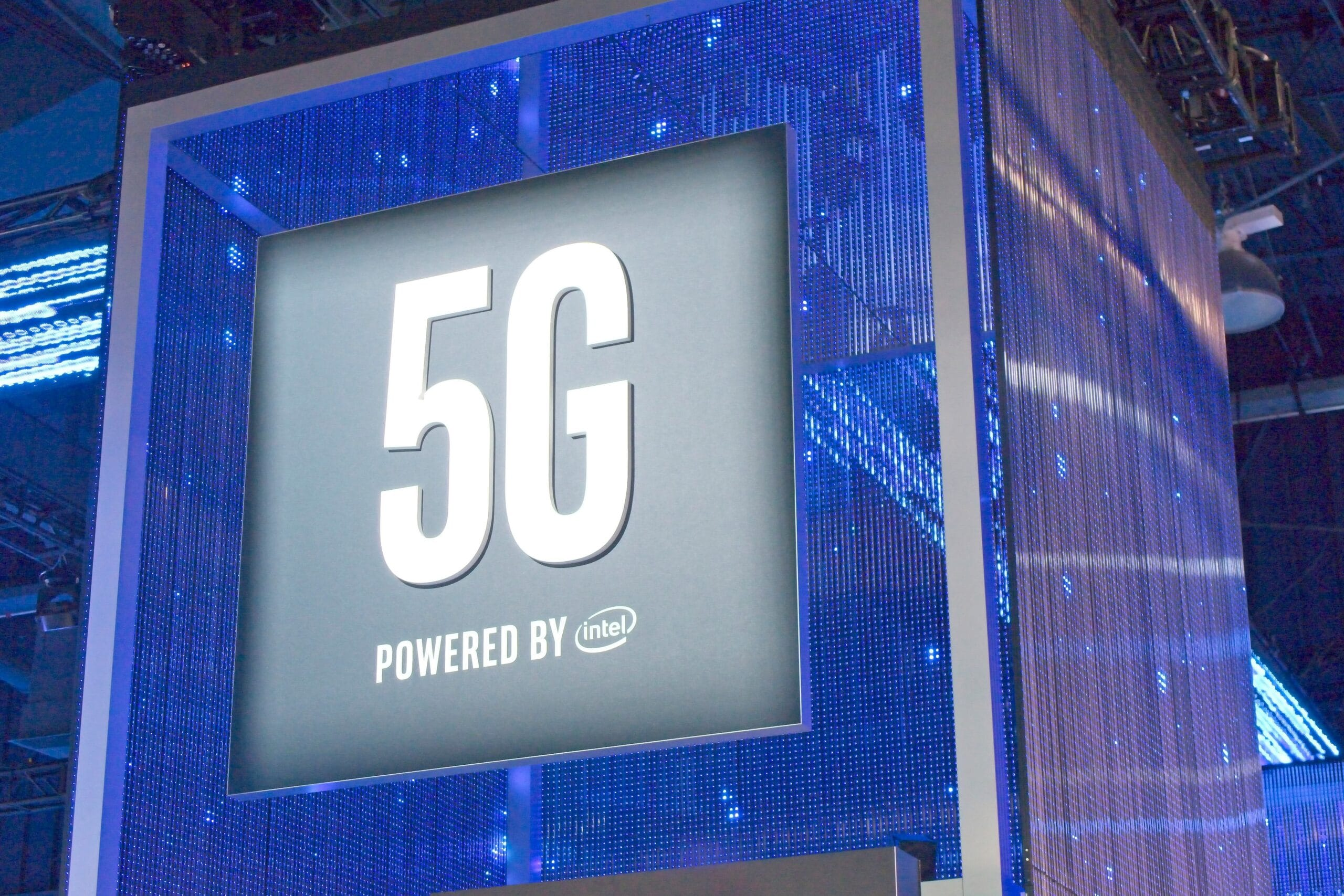 5G - Powered by Intel