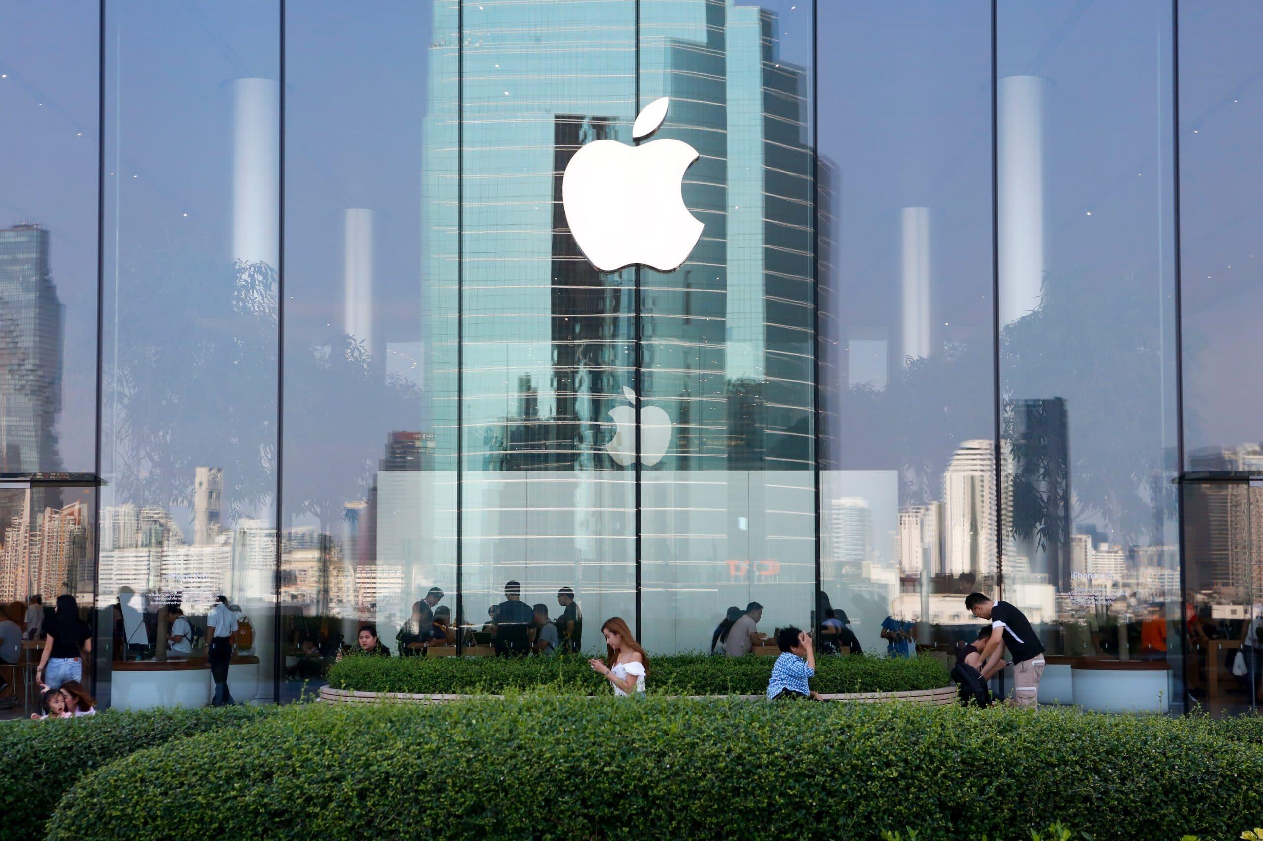 Logo da Apple em loja de Bangkok (Tailândia)