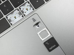 Teclado borboleta do novo MacBook Pro desmontado pela iFixit