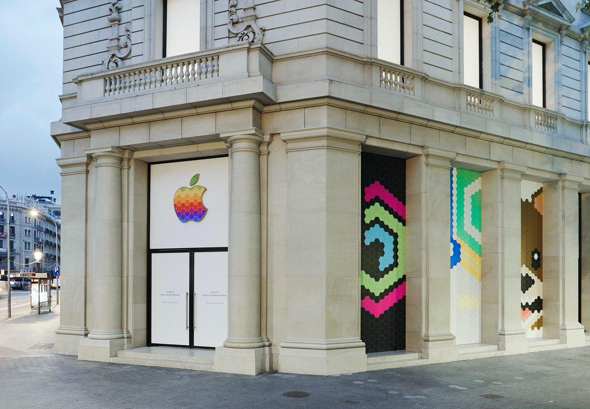 Reinauguração da Apple Passeig de Gracià