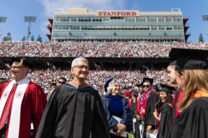 Tim Cook na Universidade Stanford