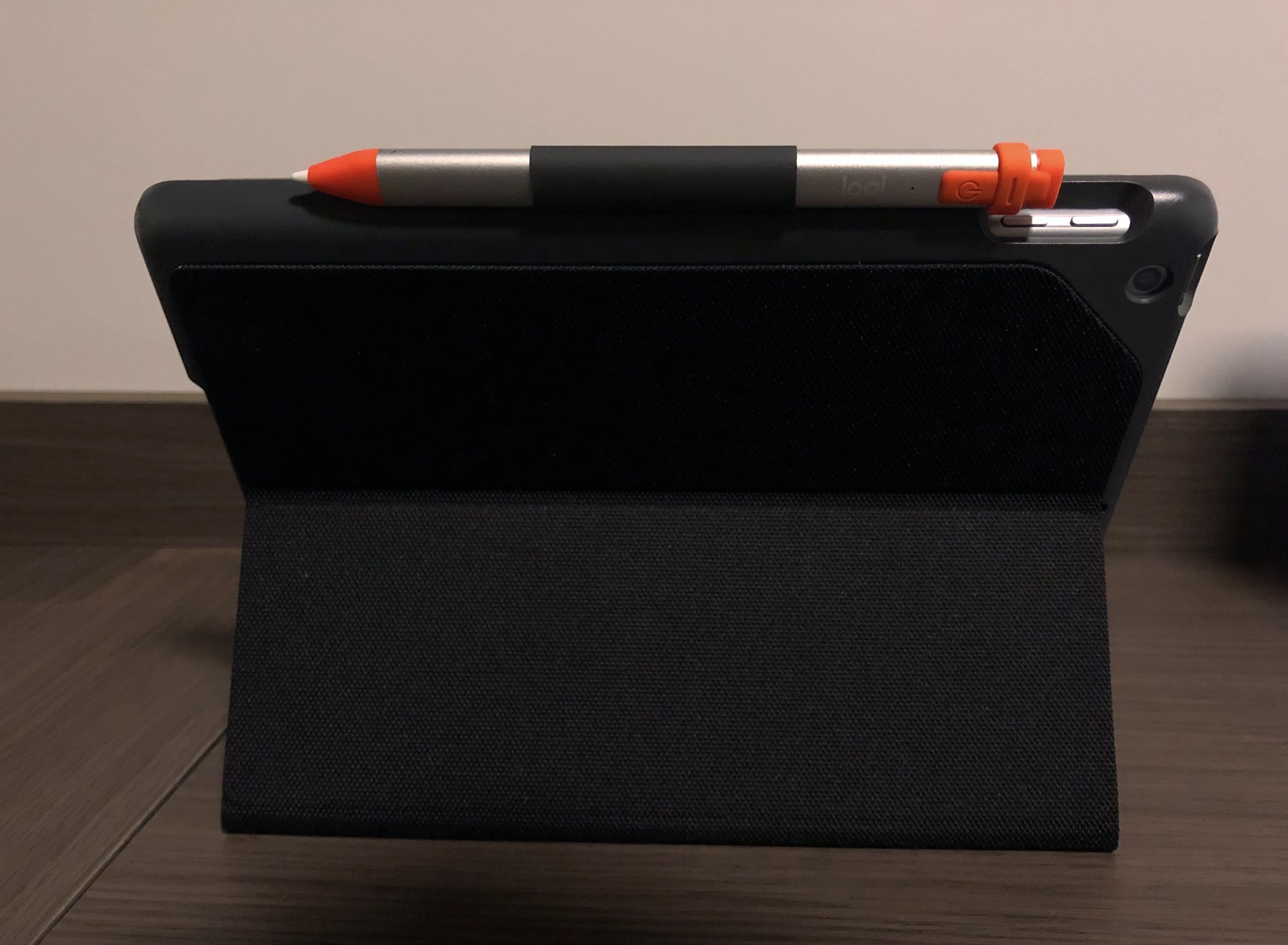 Logitech Crayon e Logitech Slim Folio