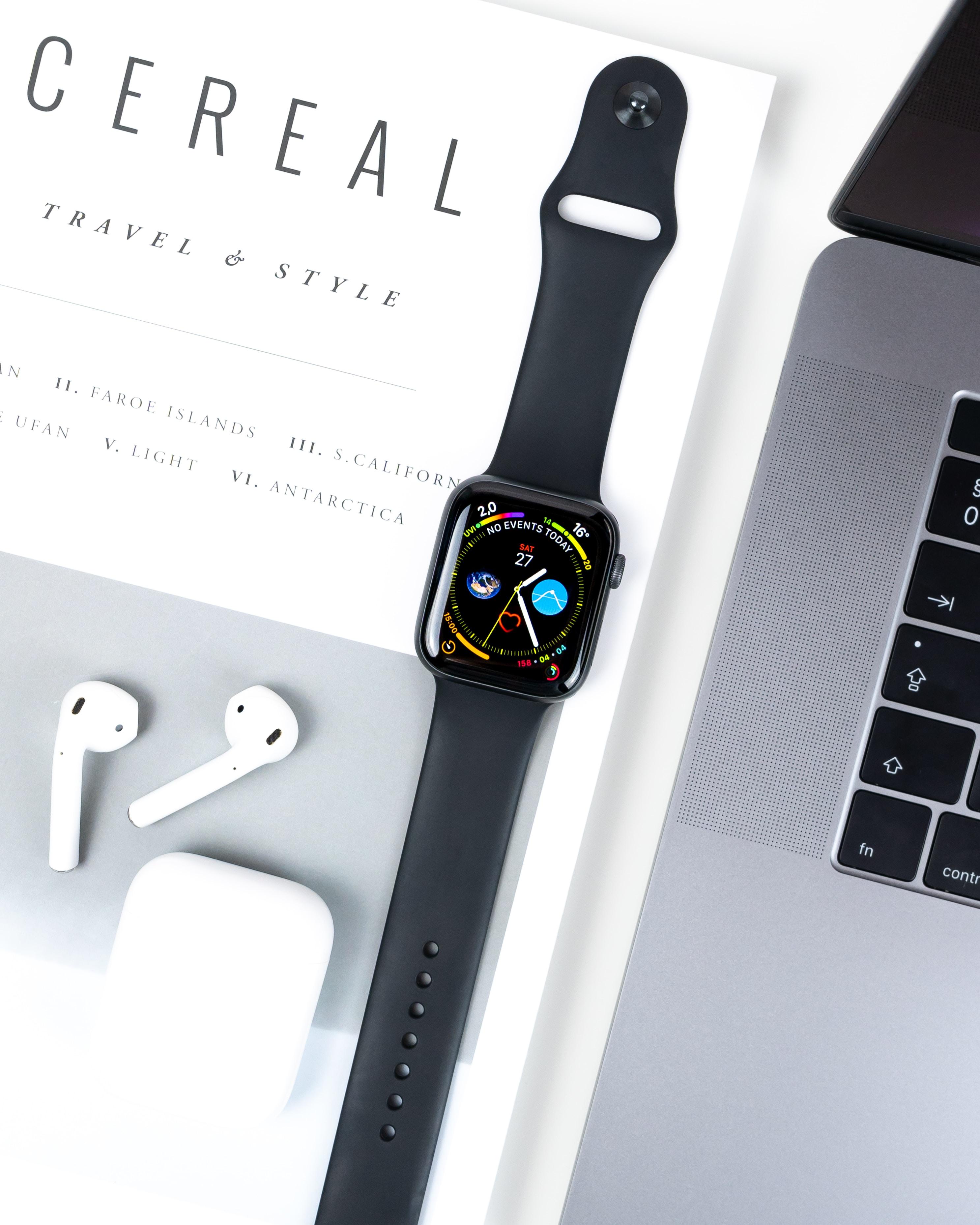 AirPods, Apple Watch e MacBook Pro