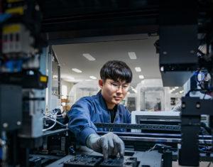 Funcionário de montadora na Coreia do Sul