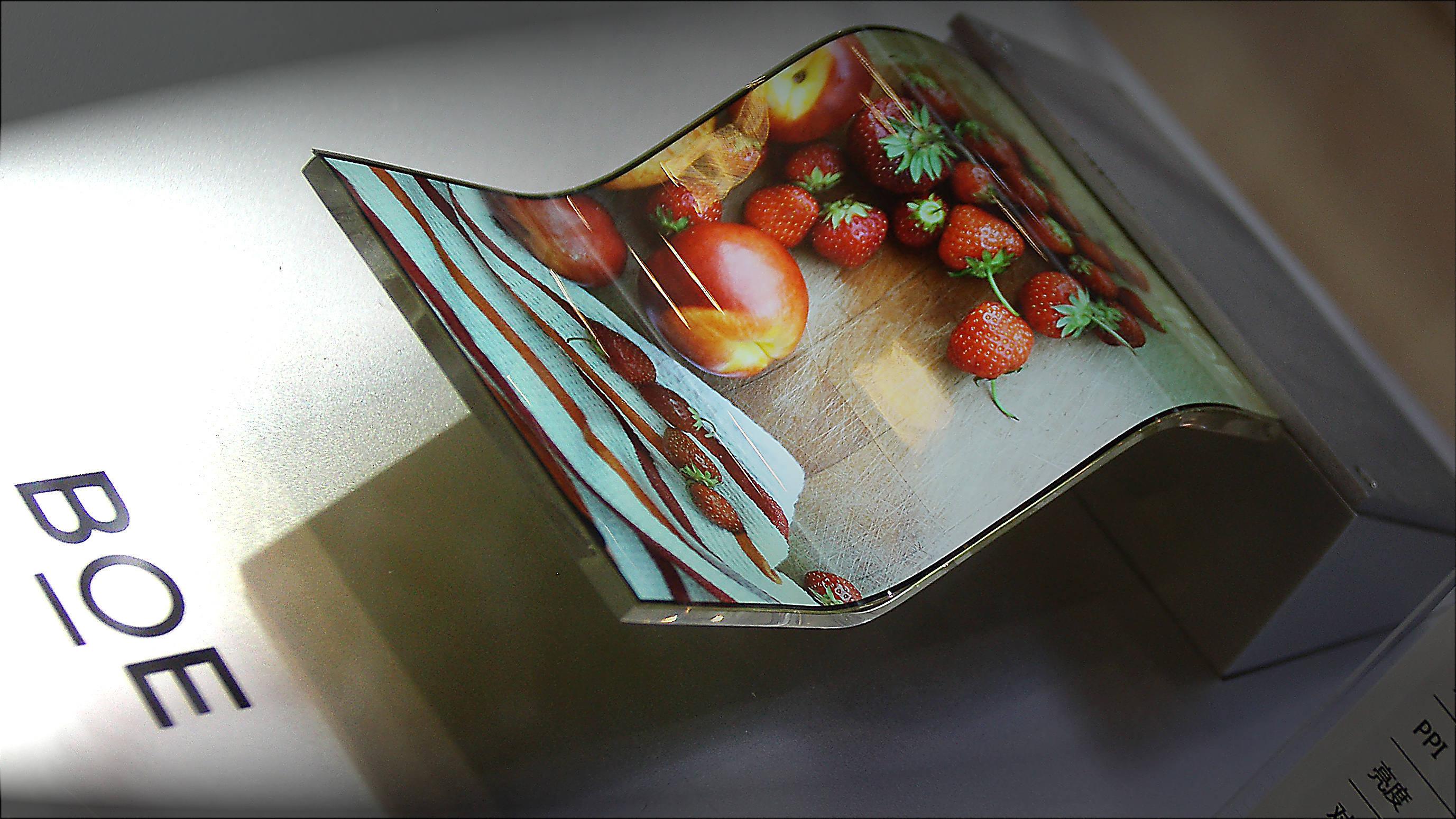 Apple iPhone 12 fornecedor OLED BOE