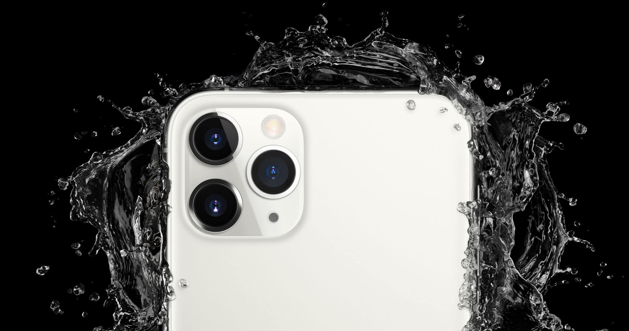 iPhone 11 Pro com água