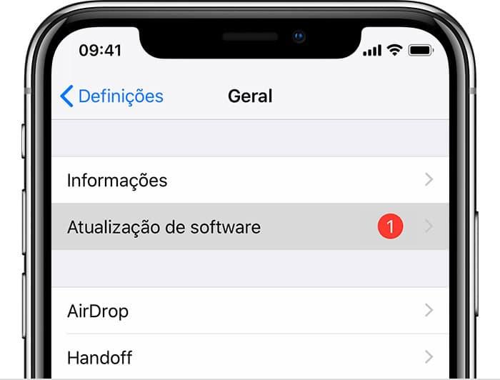 Atualização do iOS nos Ajustes em iPhone XS