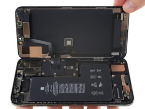 Desmonte do iPhone 11 Pro Max da iFixit