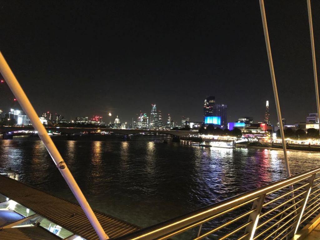Foto de rio tirada sem o Modo Noite