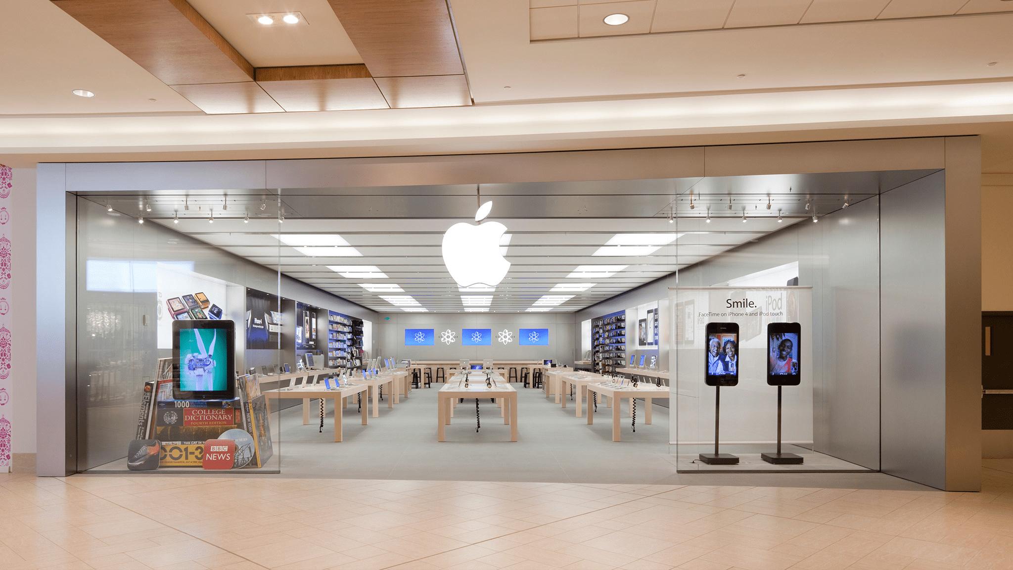 Apple Chinook Centre