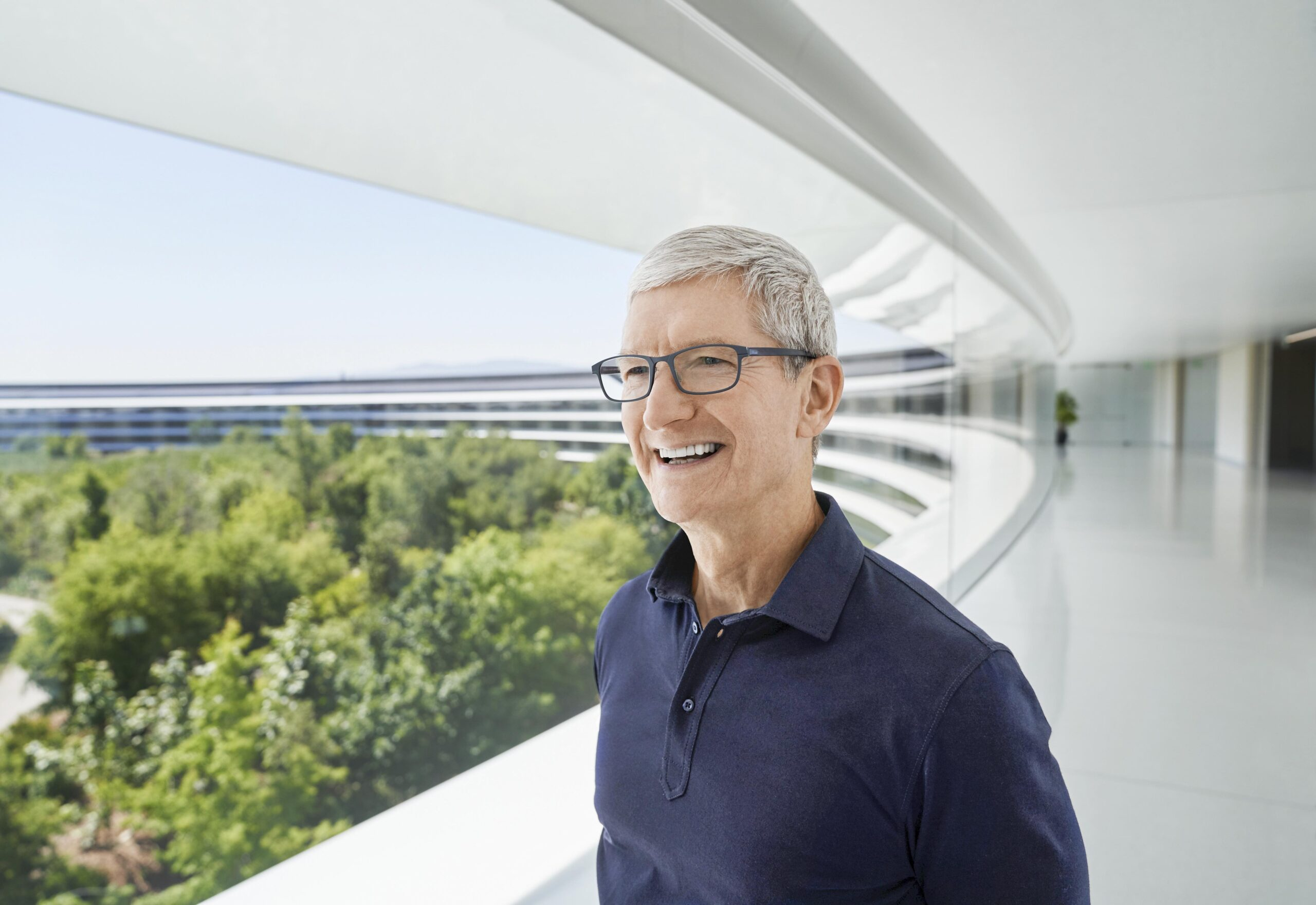 Tim Cook no Apple Park