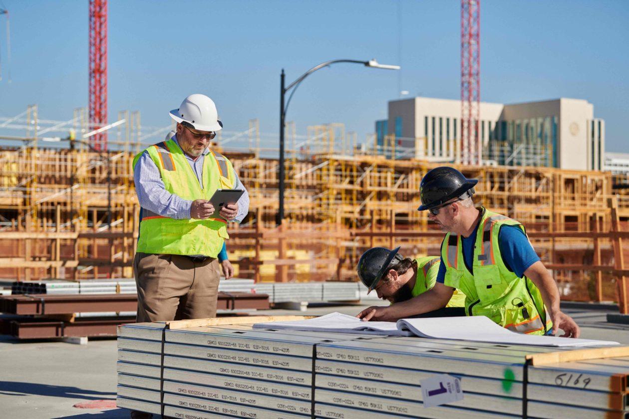 Trabalhadores em construção civil